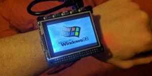 Raspberry Pi mit Windows 98 als Smartwatch, Bild: 314ReactorRaspberry Pi mit Windows 98 als Smartwatch, Bild: 314Reactor