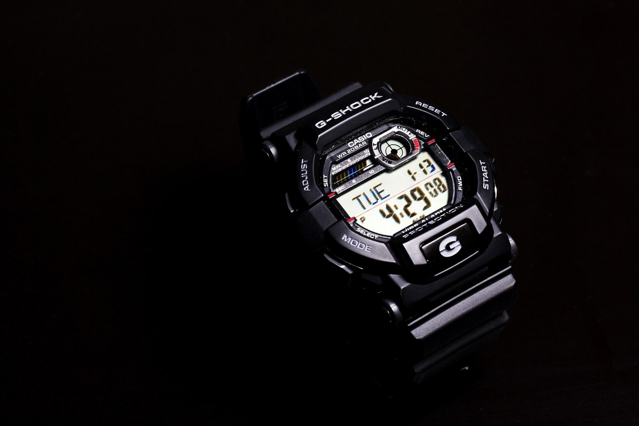 Casio Armbanduhr
